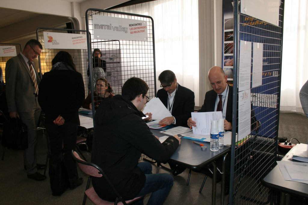 Stand Métal'Valley sur le Forum des métiers et de l'alternance UIMM 2017